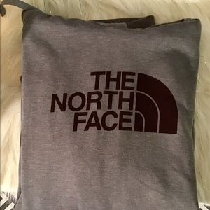 North Face standard Fit Hoodie. X-large